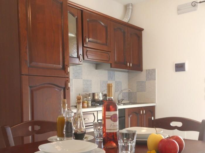 cucina inverno 8 6 14 700x525 Appartamento Inverno